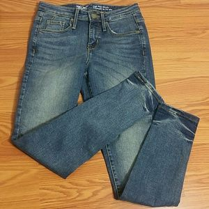 "Mossimo size 24/00Wx28""L NWOT Hi-rise Skinny Jeans"